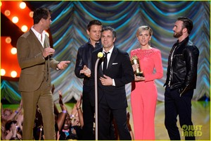 Robert Downey, Jr. at mtv Movie Awards 2015 - Watch Now!