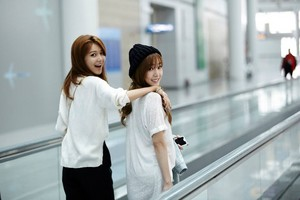 SNSD SMTOWN Taiwan (Tiff and Soo)