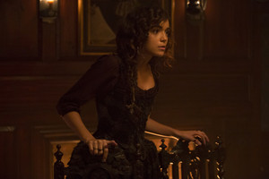 """Salem """"From Within"""" (2x03) promotional picture"""