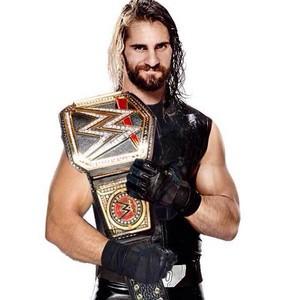 Seth Rollins and the World heavyweight champion बेल्ट