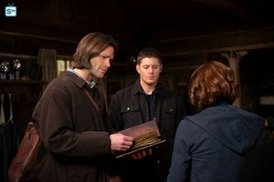 Supernatural - Episode 10.18 - Book Of The Damned - Promo Pics
