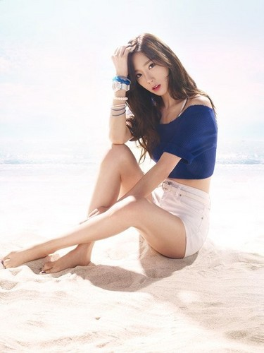 taeyeon (snsd) wallpaper with a bikini entitled Taeyeon Baby G
