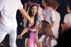 Taeyeon and Tiffany SMTOWN in Taiwan