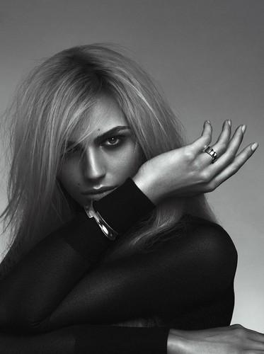 andrej pejic kertas dinding titled Teen Vogue: Andrej Pejic x Sam Snyder Collaboration