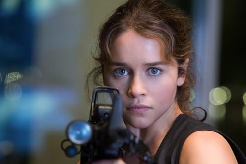 Emilia Clarke fond d'écran entitled Terminator Genisys