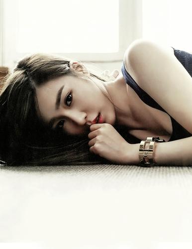 Tiffany Hwang wallpaper containing skin called Tiffany - Grazia Korea Magazine Edit