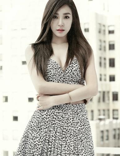 Tiffany Hwang fondo de pantalla possibly with a chemise, a cóctel, coctel dress, and a vestido de verano, sundress entitled Tiffany - Grazia Korea Magazine editar