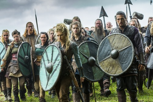 "Vikings (TV Series) karatasi la kupamba ukuta entitled Vikings ""Paris"" (3x07) promotional picture"