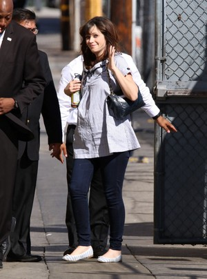 Zooey arriving at Jimmy Kimmel Live