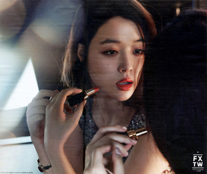 এফ(এক্স) Sulli High Cut 2015