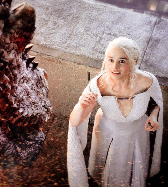 Daenerys Targaryen & Drogon - Game of Thrones Fan Art ...