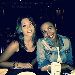paris jackson with her cousin genevieve jackson