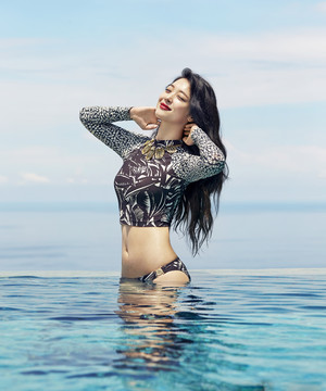 F(x) Sulli for Cosmopolitan June 2015