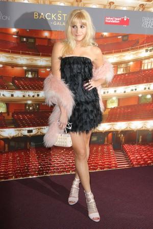 Naked cœur, coeur Foundation Backstage Gala