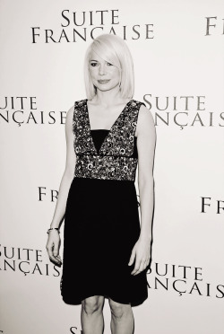 Michelle Williams wallpaper probably containing a cocktail dress and a top entitled  Suite Francaise Premiere