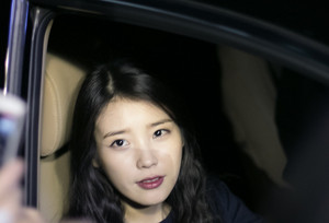 """150427 IU after work on """"Producer"""" by @luckyyuniu"""