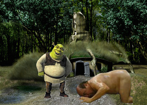 A loyal 슈렉 follower bowing down to the Ogrelord at his swamp