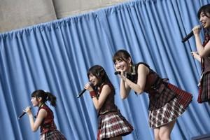 AKB48 in New York for Japan siku 2015