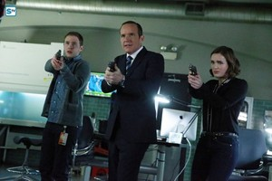 Agents of S.H.I.E.L.D. - Episode 2.21 - S.O.S. Part One - Promo Pics