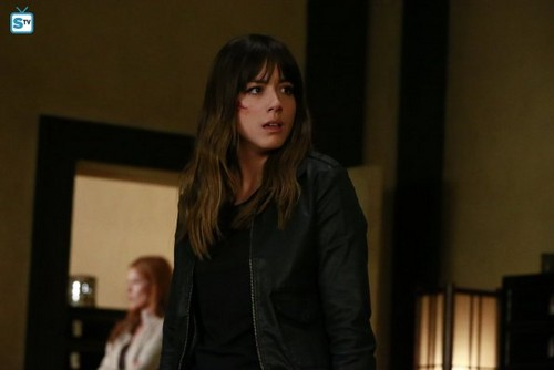 Agents of S.H.I.E.L.D. fondo de pantalla possibly with a well dressed person, a business suit, and a portrait entitled Agents of S.H.I.E.L.D. - Episode 2.21 - S.O.S. Part One - Promo Pics