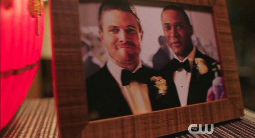 Oliver & Felicity Hintergrund entitled Arrow 3x21