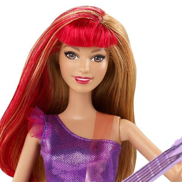 Barbie in Rock'n Royals Raina Doll