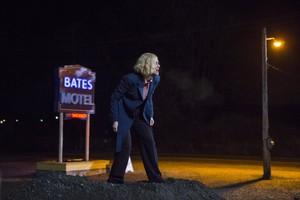 "Bates Motel ""Crazy"" (3x09) promotional picture"