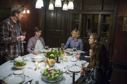 "Bates Motel wallpaper containing a dinner table, a dinner, and a brasserie called Bates Motel ""The Last Supper"" (3x07) promotional picture"