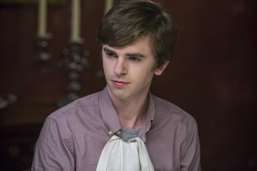 "Bates Motel karatasi la kupamba ukuta entitled Bates Motel ""The Last Supper"" (3x07) promotional picture"