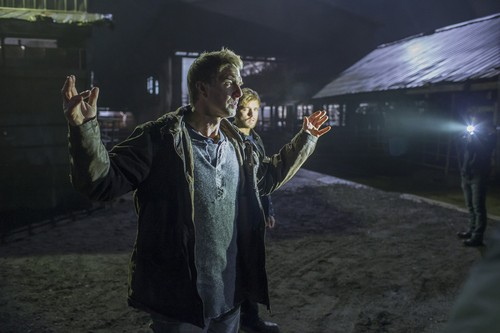 "Bates Motel hình nền with an atlantic herring entitled Bates Motel ""The Pit"" (3x08) promotional picture"