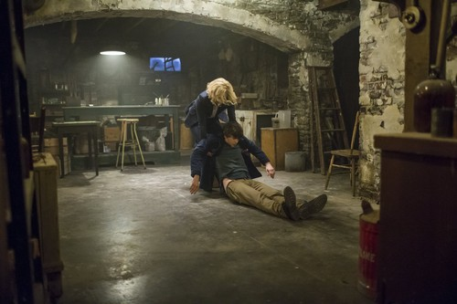 "Bates Motel Hintergrund probably containing a street, a penitentiary, and a lumbermill entitled Bates Motel ""Unconscious"" (3x10) promotional picture"