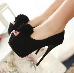 Black women's shoes