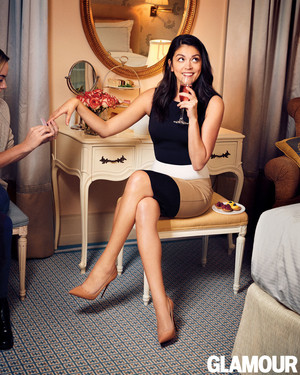 Cecily Strong - Glamour Photoshoot - March 2014