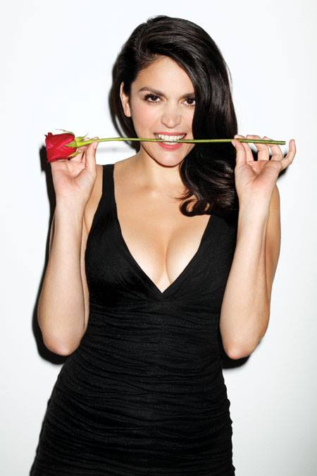 Cecily Strong in Men's Health - 2013