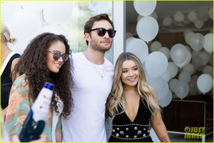 Ed Westwick Launches an Earth giorno Campaign during 2015 Coachella Musica Festival