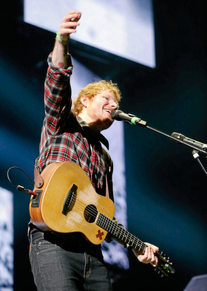 Ed onstage in Tulsa