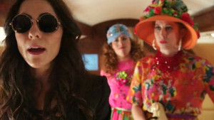 Eleanor, Penelope and Maribel; 1x06