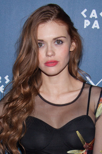 Holland Roden wallpaper possibly with a portrait titled Holland attends Omnia Nightclub At Caesars Palace Grand Opening Weekend