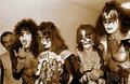 吻乐队(Kiss) 1976