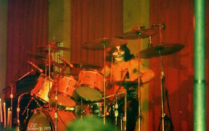 kiss ~Hotter then Hell tour…January 9, 1975
