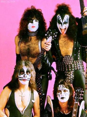 Ciuman ~May 23, 1976