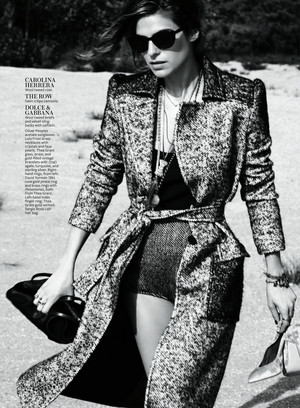 Lake campana, bell in Instyle Magazine - September 2013