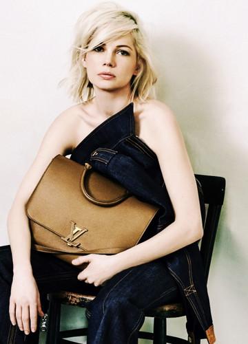 Michelle Williams wallpaper containing a hip boot entitled Louis Vuitton's handbag campaign Spring 2015