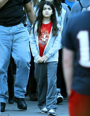 MICHAEL'S SON BLANKET JACKSON WEARS MICHAEL JACKSON শার্ট