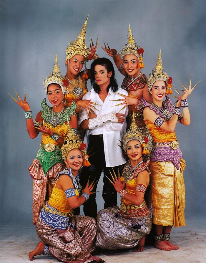 MJ Black or White rare picture - Michael Jackson Photo (38498237 ...: fanpop.com/clubs/michael-jackson/images/38498237/title/mj-black...