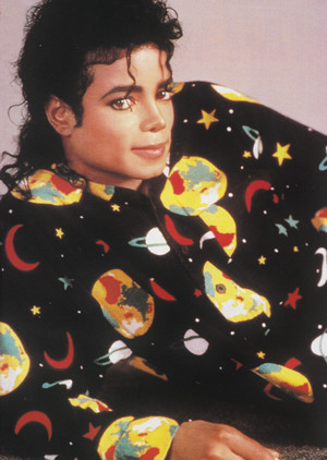 Michael Jackson - HQ Scan - Behind The Scenes of Leave Me Alone