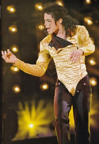 Michael Jackson wallpaper probably with a concert entitled Michael Jackson - HQ Scan - Dangerous Tour