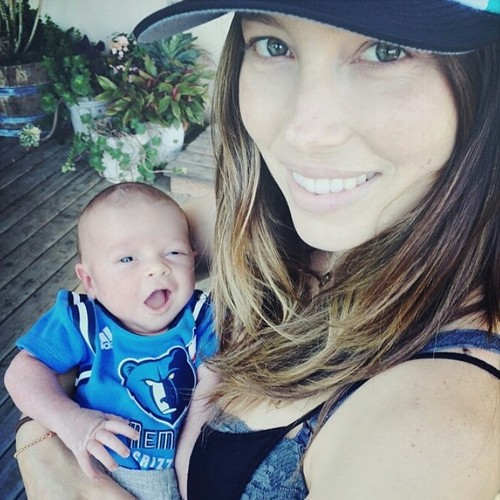 Justin Timberlake wallpaper probably containing a boater and a fedora entitled Mini JT with his mom Jessica Biel
