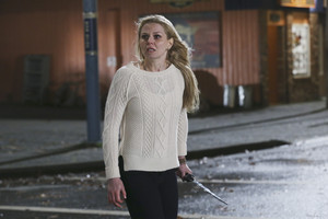 Once Upon A Time - Episode 4.22 - Operation luwak