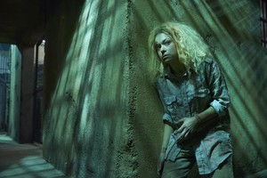 """Orphan Black """"Scarred سے طرف کی Many Past Frustrations"""" (3x05) promotional picture"""